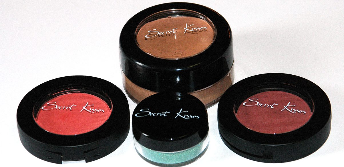We Brand Cosmetic Products!